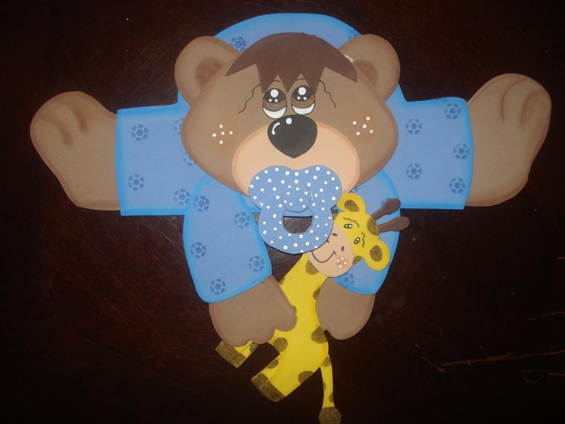 Osito beb con jirafa manualidades en goma eva y foami for Decoracion habitacion bebe goma eva
