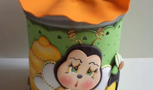 frasco decorado abejita 1