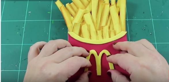 Libreta decorada con patatas fritas de Mc 7