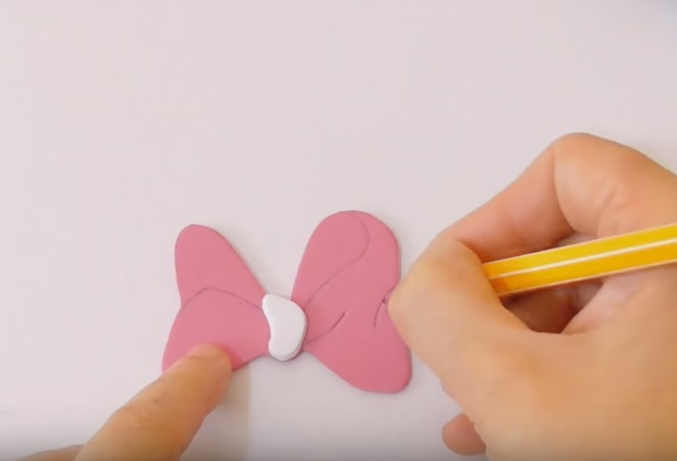 funda de celular de minie mouse 8