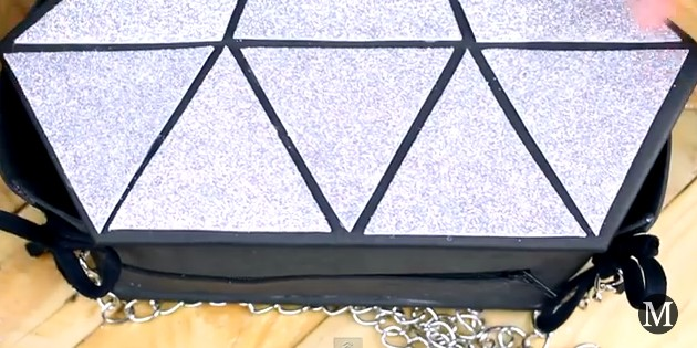 Bolso de goma eva con forma de diamante 16