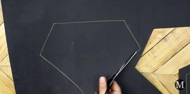 Bolso de goma eva con forma de diamante 4