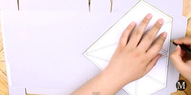 Bolso de goma eva con forma de diamante 5