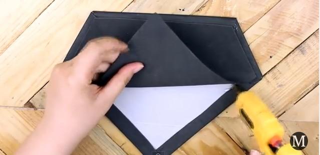 Bolso de goma eva con forma de diamante 7