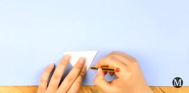 Bolso de goma eva con forma de diamante 8