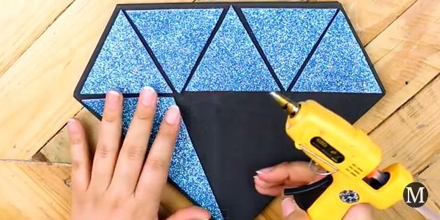 Bolso de goma eva con forma de diamante 9