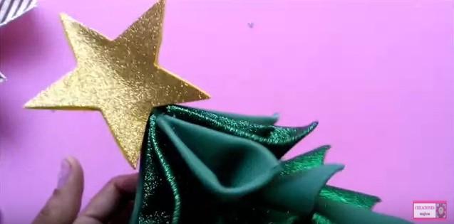 pino-de-navidad-en-goma-eva-27