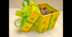 Caja de goma eva para regalo