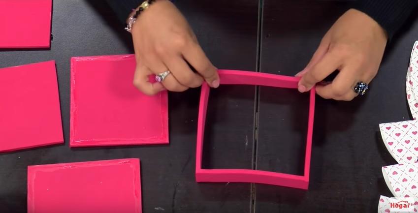 Caja de goma eva para regalo 4