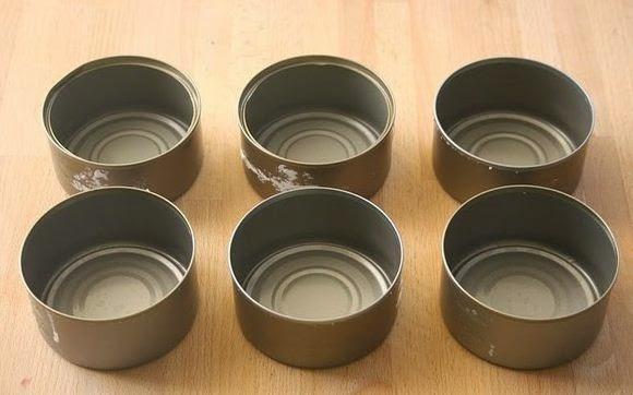 Organizador con latas de atun decoradas con goma eva1