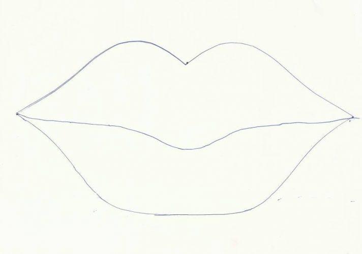 Organizador en forma de labios en goma eva (1)